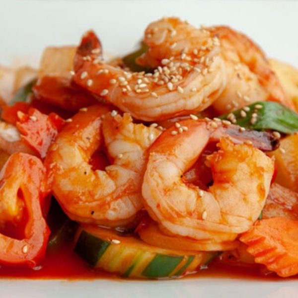 A photo of Sweet & Sour Stir Fry With Shrimp from Sunee Thai & Lao Kitchen in Portland, Oregon.
